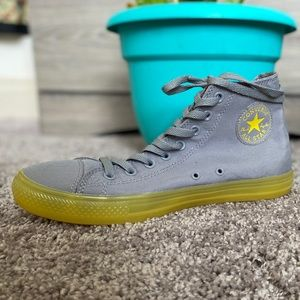 High top gray converses with yellow gummy soles